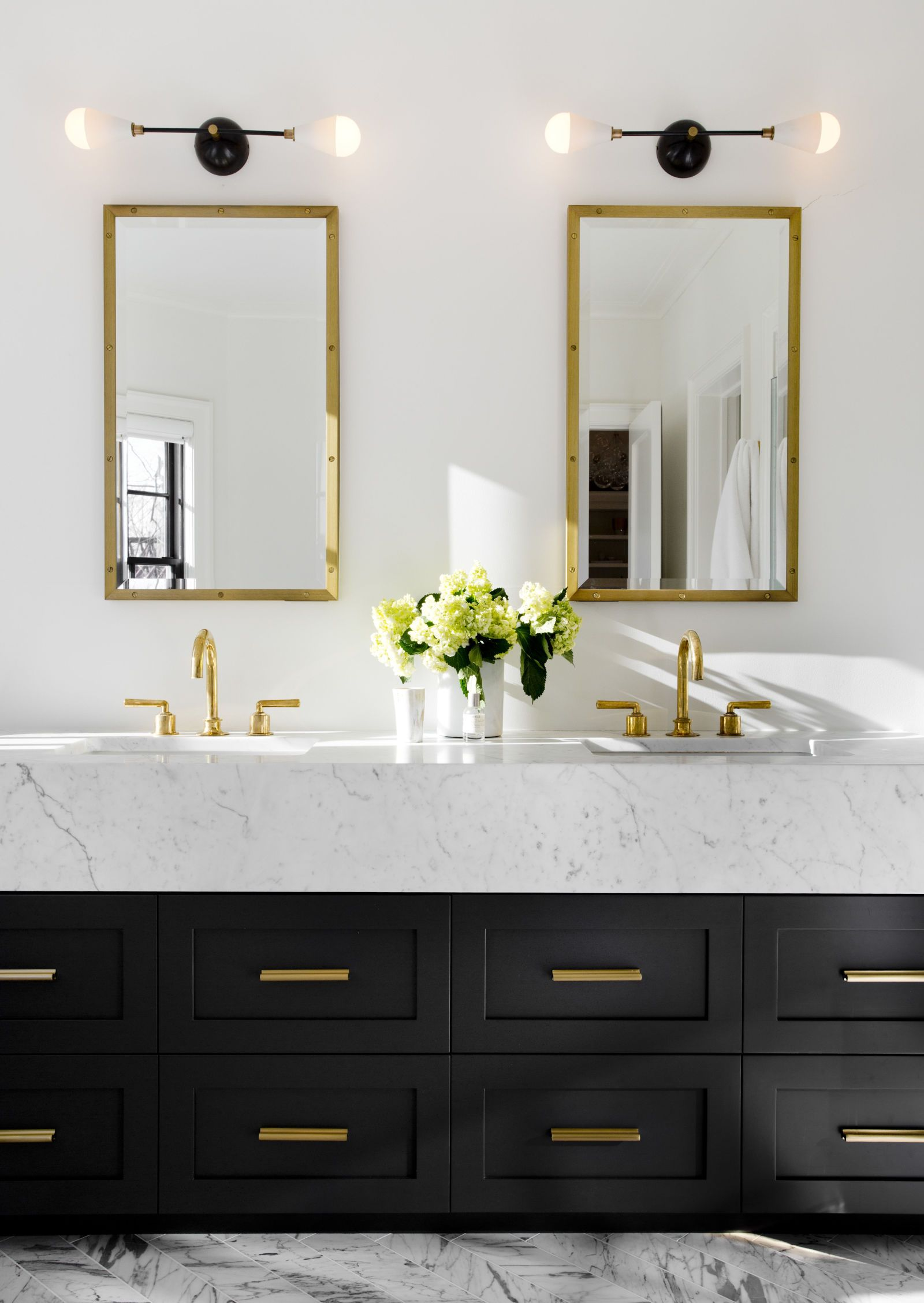 How to get a Modern Classic Bathroom - Inspiration Design Books Blog