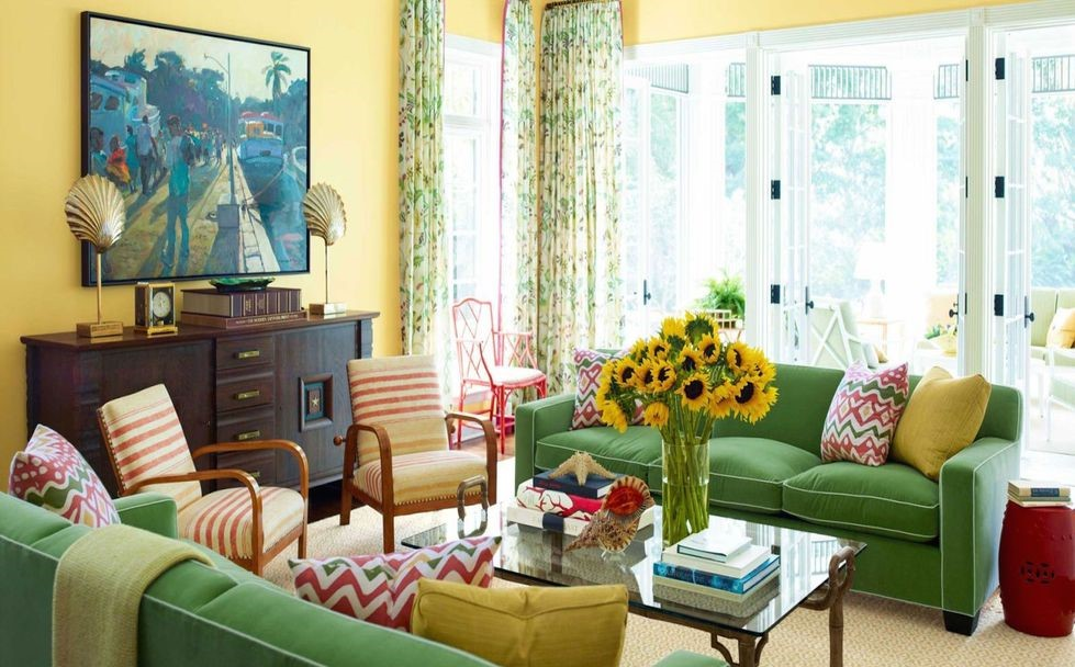 38 Small Yet Super Cozy Living Room Designs: And Last But Not Least Brightness Green Of This Sofa Is